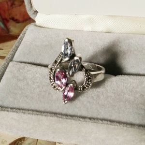 Jewelry - Beautiful Sterling Silver Ring